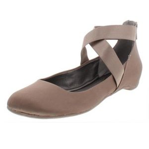 Kenneth Cole reaction pro time ballet flats 7.5